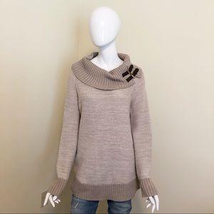 EUC - Banana Republic -Italian Yarn Sweater - L